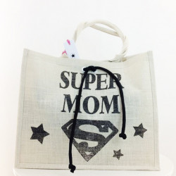 SHOPPER SUPER MOM